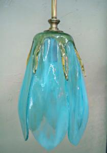 Tulip pendant (aqua)